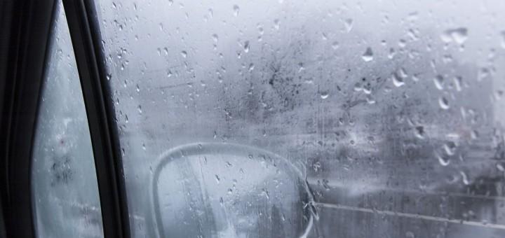 reseni-zamlzovani-oken-v-aute-v-zime